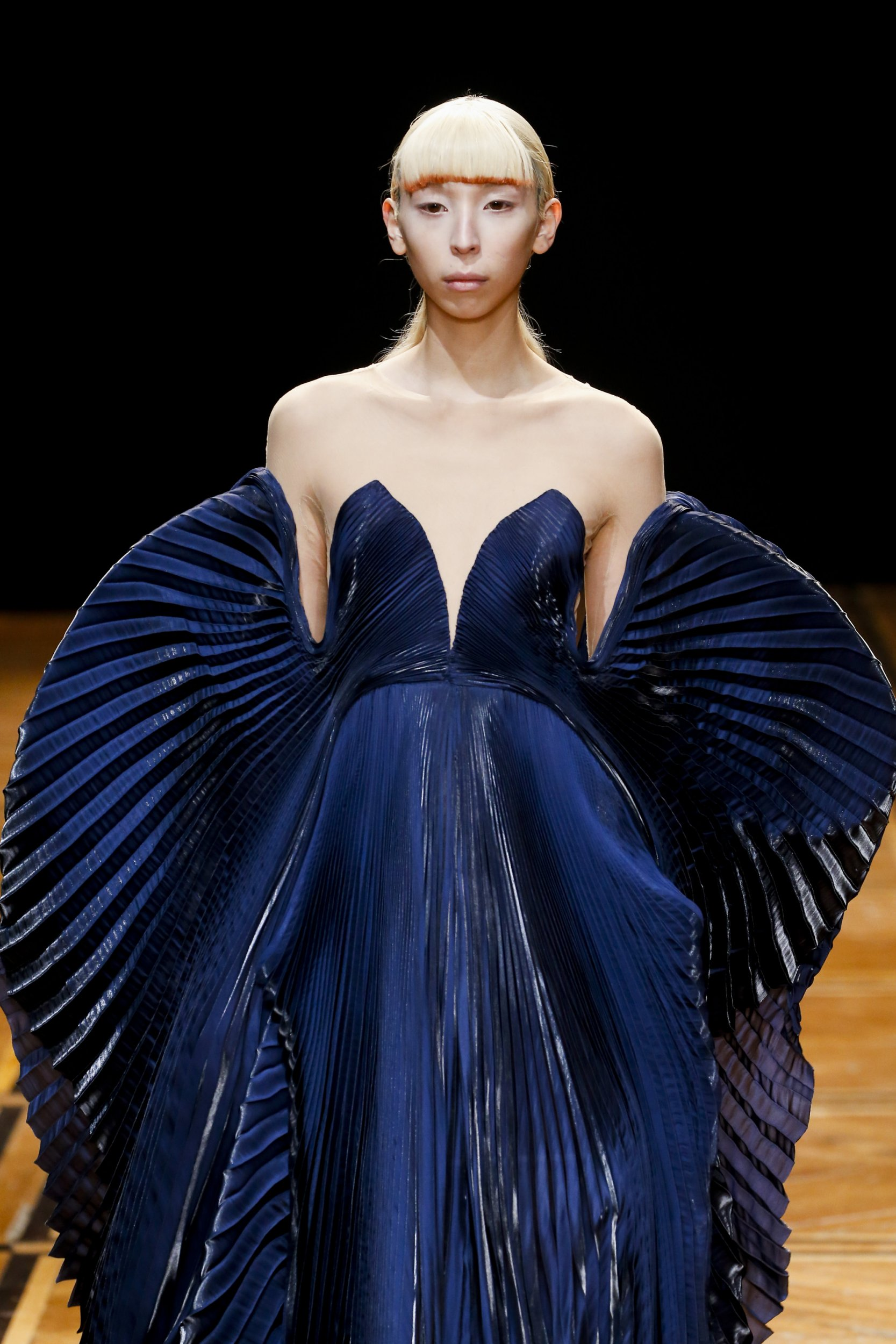 cca1ae435838 SHIFT SOULS ~ This Iris van Herpen Couture collection was inspired by early  examples of celestial cartography and its representations of mythological  and ...