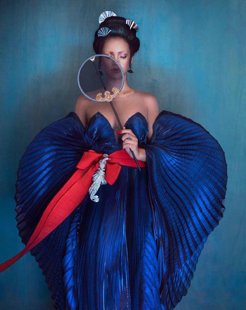 Rihanna Iris van Herpen Harper's Bazaar China