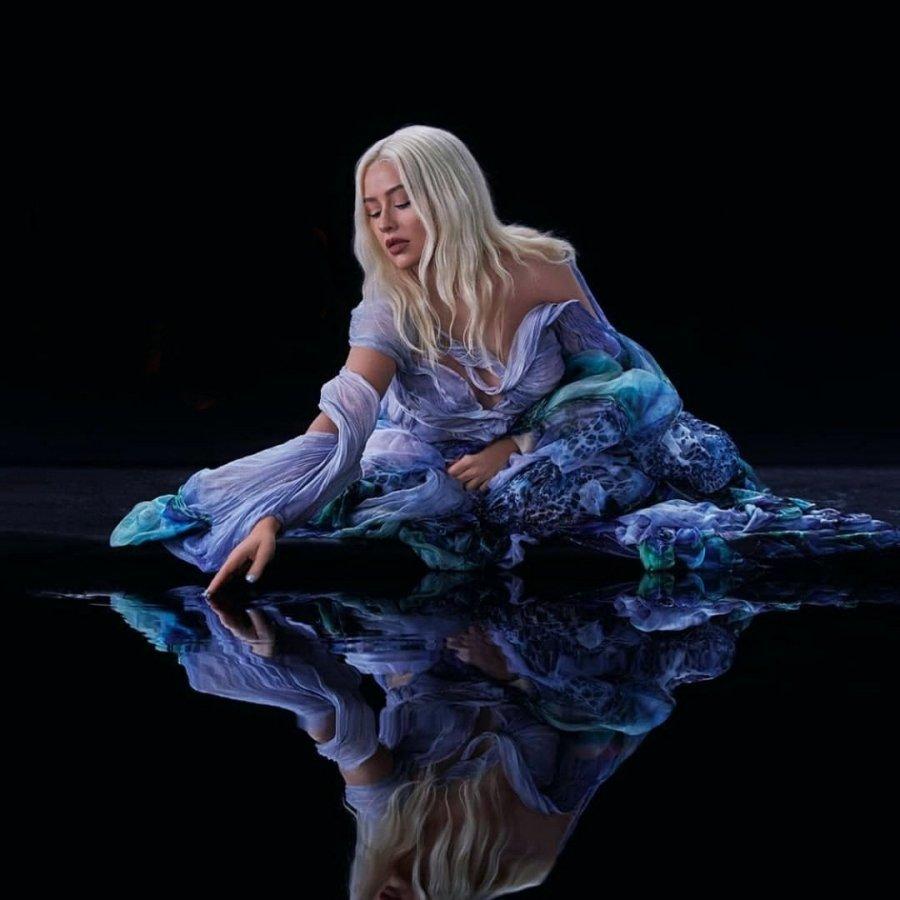 Christina Aguilera ~ Disney's Mulan 'Reflection' music video