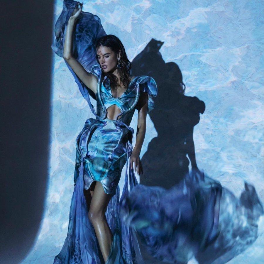 Alessandra Ambrosio for Numéro Russia