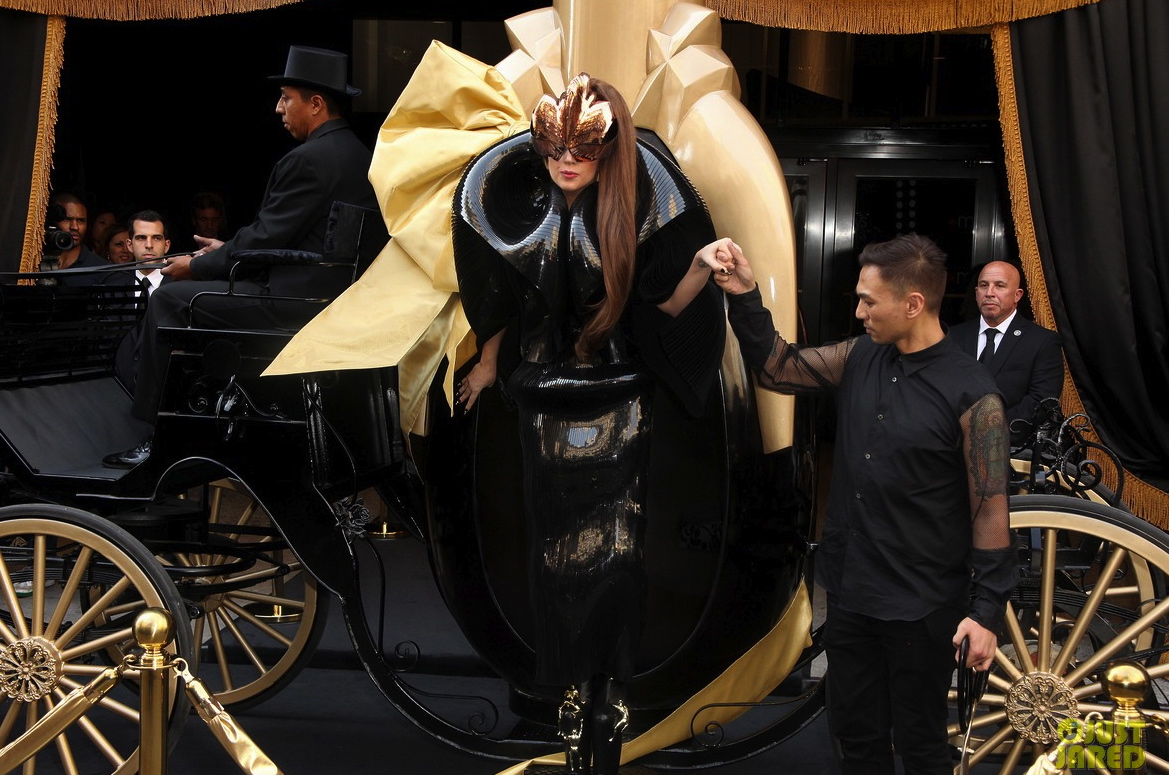 lady gaga macys fame launch 16
