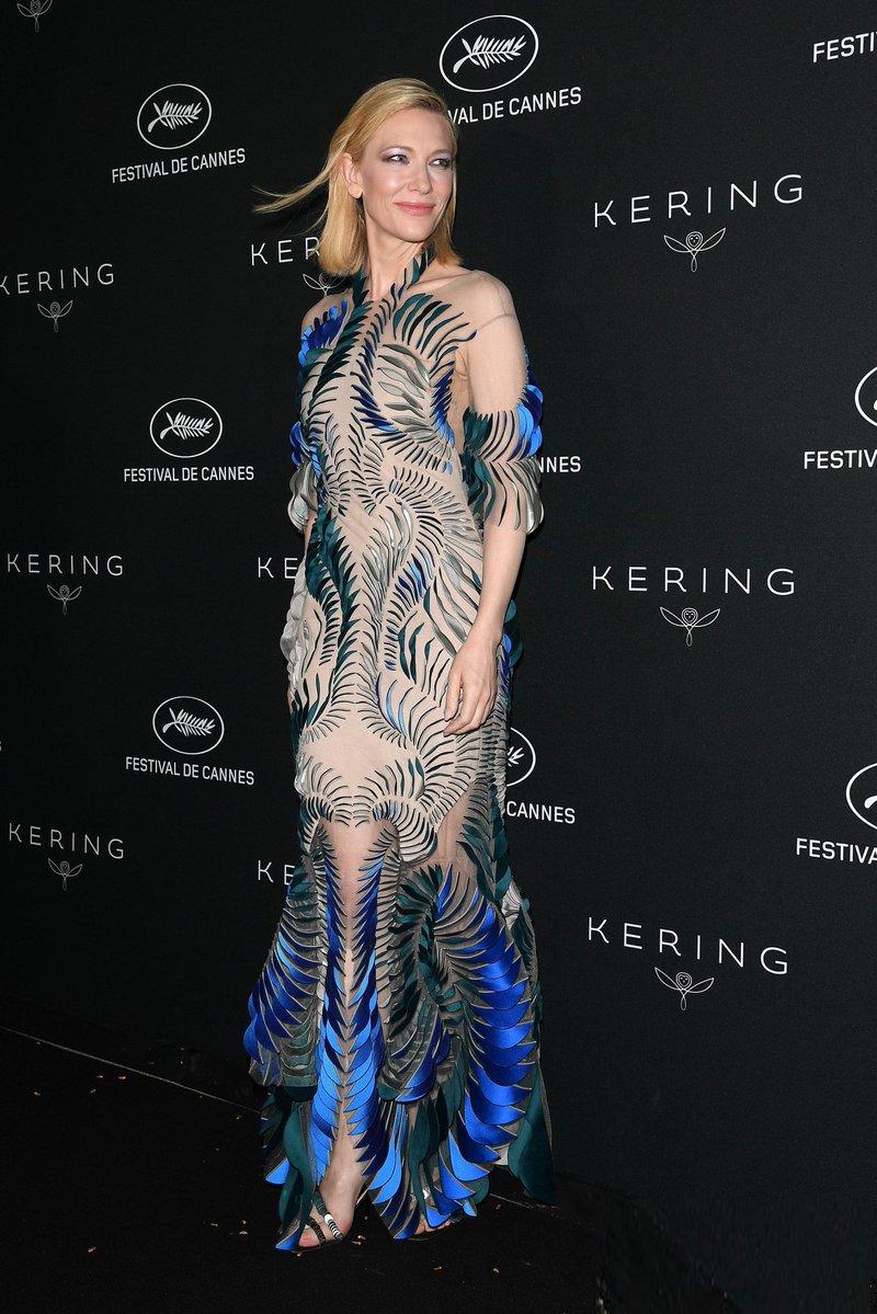 Cate-Blanchett-IN-IVH_1