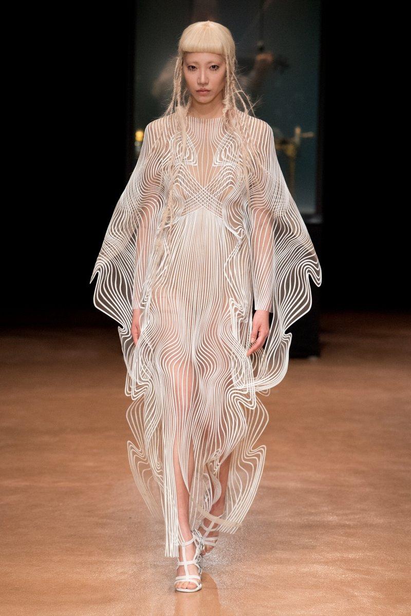 Aeriform Couture Iris Van Herpen