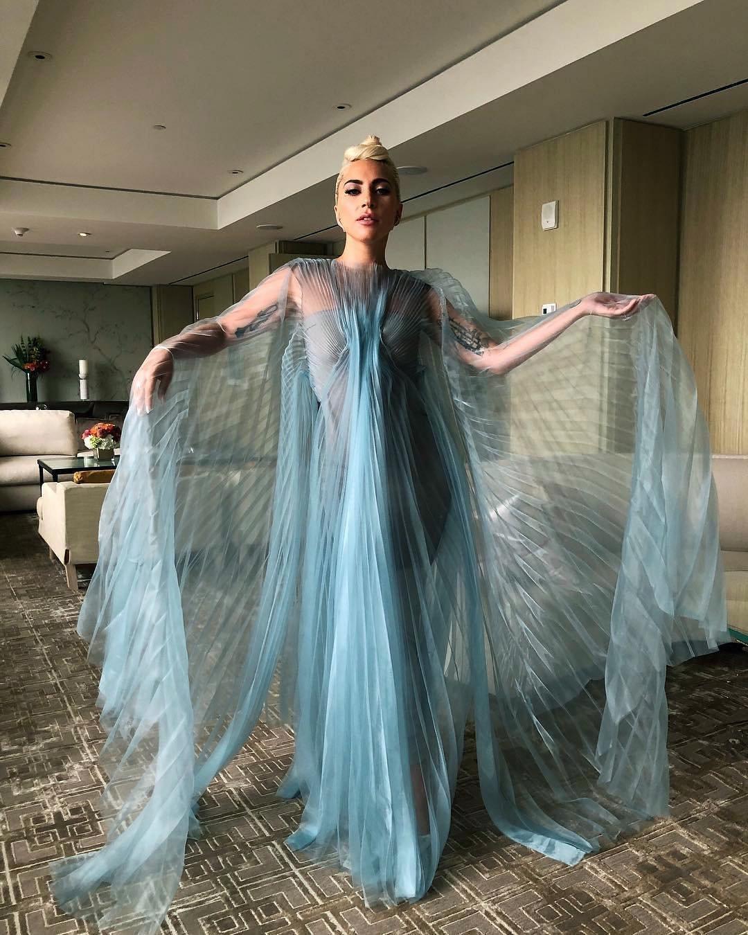 Lady-Gaga-Iris-van-Herpen_1-LRG.jpg